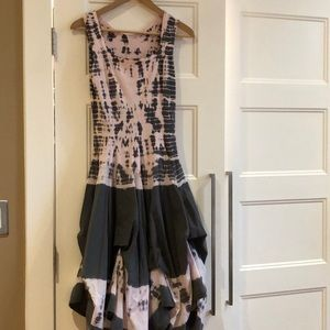 Dresses & Skirts - Gorgeous summer dress